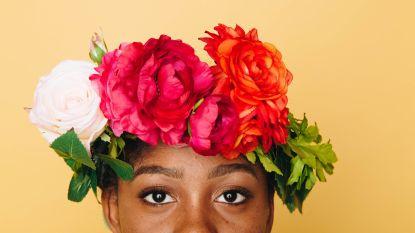 Beyoncé en Rihanna hebben er één: zo maak je zelf een bloemenkrans