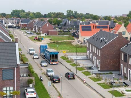 Wethouder dreigt met juridische stappen: klachten Genemuider woonwijk moeten snel worden verholpen