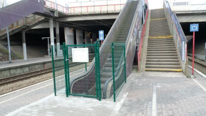 Roltrap Zuidstation verdwijnt in perron