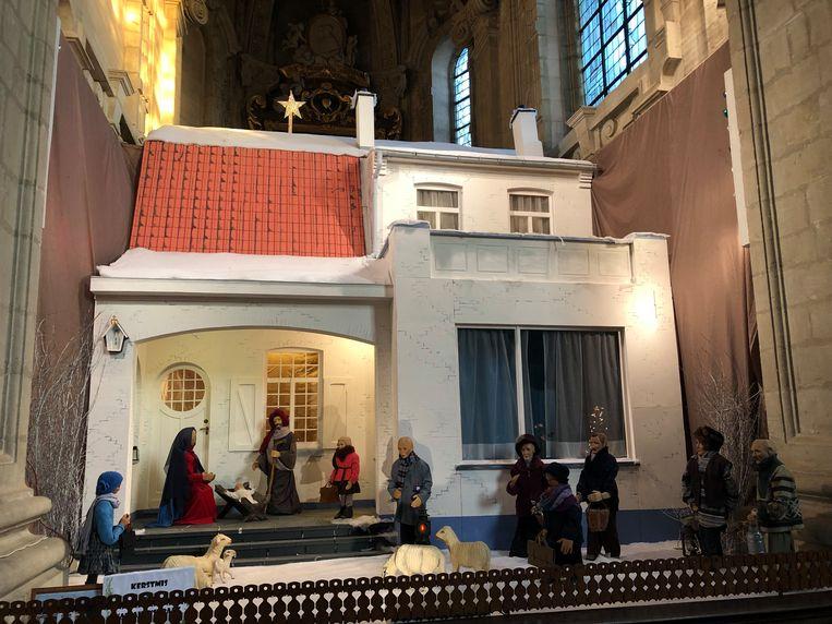 Aan de replica in de basiliek werd een maand gewerkt door de vrijwilligers.
