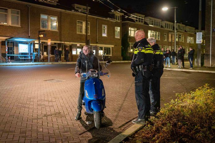 Door de aanwezigheid van een grote politiemacht lijkt de rust wedergekeerd in de Arnhemse wijk Geitenkamp