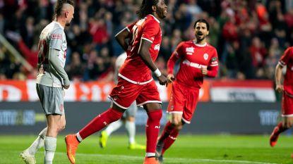 VIDEO. Antwerp blijft indruk maken: ook Standard voor de bijl, Great Old hijst zich naast Club Brugge op tweede plek