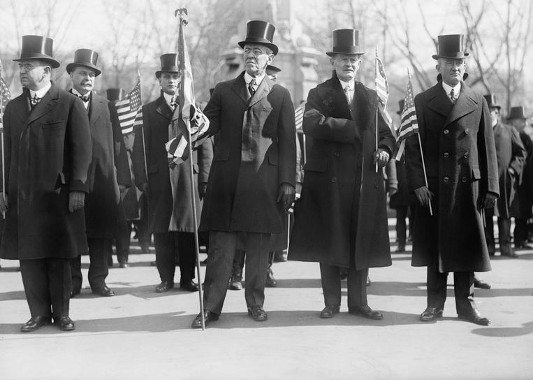 De Amerikaanse president Woodrow Wilson (midden) in 1919, over wie Schulte Nordholt een biografie schreef.  Beeld Hollandse Hoogte / Glasshouse Images