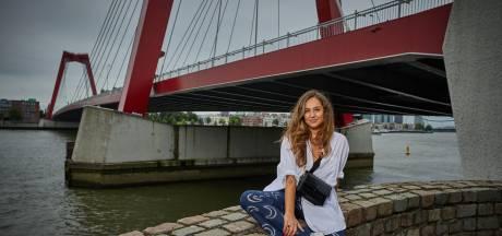 Vladana (31) was voor het leven op de vlucht, maar 'mijn orakelkaarten voorspellen een gouden toekomst'