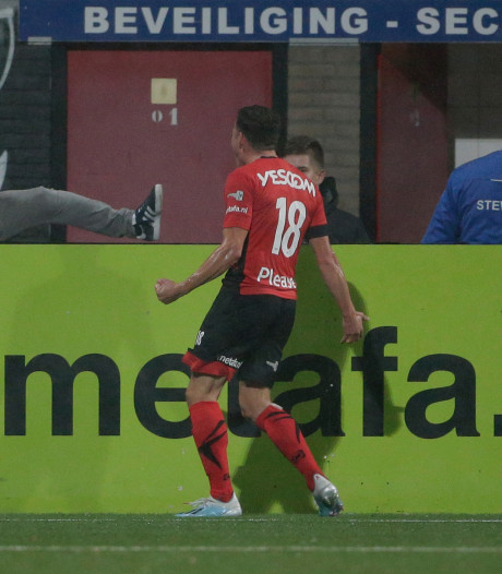 Snepvangers schiet Helmond Sport met twee goals naar zege: 'Ik had nog iets goed te maken'