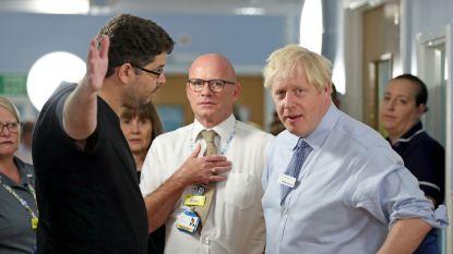 """Boze vader confronteert premier Johnson: """"De gezondheidszorg is kapot gemaakt"""""""