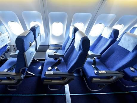 Mooi uitzicht, extra beenruimte: dít zijn de beste stoelen in het vliegtuig