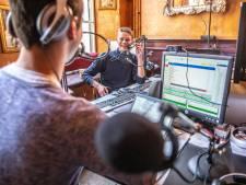 Nog twaalf uur radiomaken te gaan voor studenten in Het Vliegende Paard