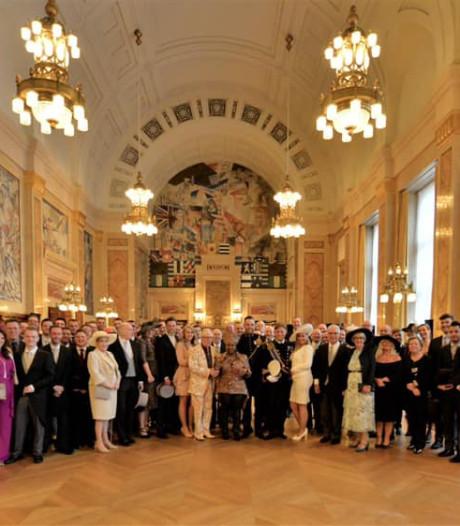 Hoe twee doodnormale mannen als royals trouwden: 'Zelfs Marijke Helwegen keek haar ogen uit'