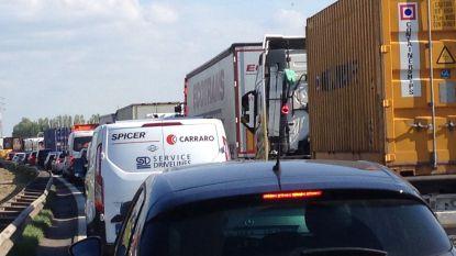 Inhalen op Havenweg voortaan verboden voor vrachtwagens