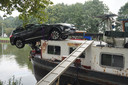 Brug Bosscheweg ramt auto en boot.