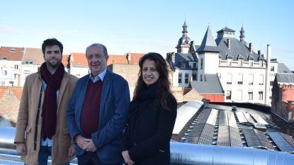 """Zes gemeentesites in Anderlecht krijgen zonnepanelen: """"Goed voor een besparing van 98.907 kilogram aan CO"""""""