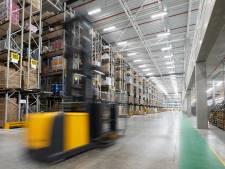 Wehkamp opent nieuw distributiecentrum in Zwolle: 'Het is net één grote inloopkast'