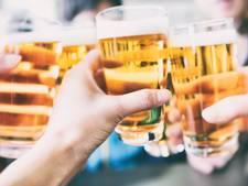 Sneller bier drinken en beter naar het toilet op Tropical Night Haaksbergen