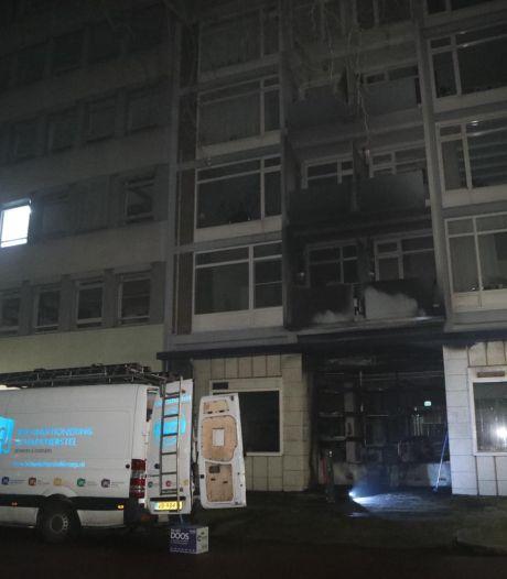 Brandstichting bij meerdere flats in Arnhem
