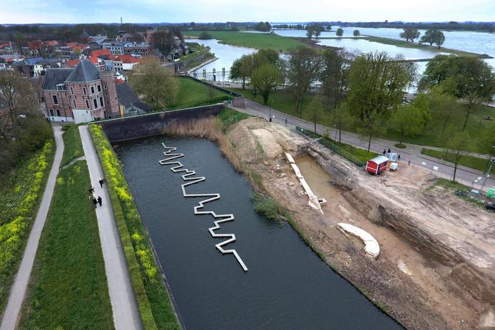 Luchtfoto van Buiten de Waterpoort en Duveltjesgracht.