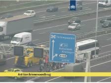 Bus schoolreisje gestrand op A16: drukke avondspits rond Rotterdam