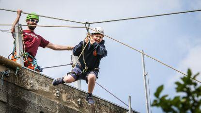 Klimmuurfeesten Bergpallieters doen proeven van klimsport