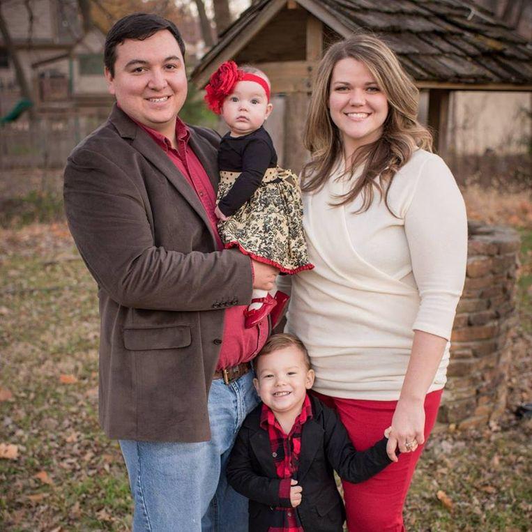 Savannah Phillips met haar echtgenoot en twee kinderen.