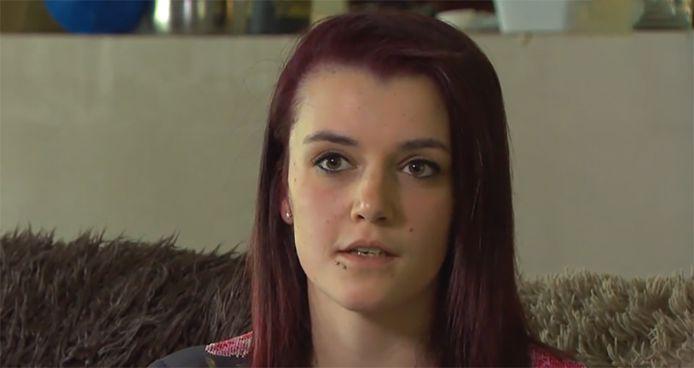 """Alicia S. is nu 21, maar was pas 17 toen haar juf haar verleidde. """"Fijn is het niet om met zo'n verhaal naar buiten te komen, maar ik ben bang dat er anders nog slachtoffers vallen."""""""
