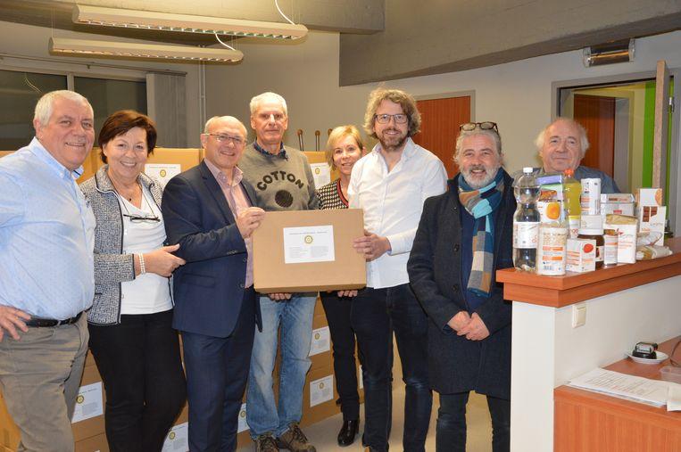 Archiefbeeld - Rotary Ninove-Dendervallei schenkt jaarlijks pakketten aan het OCMW Ninove.