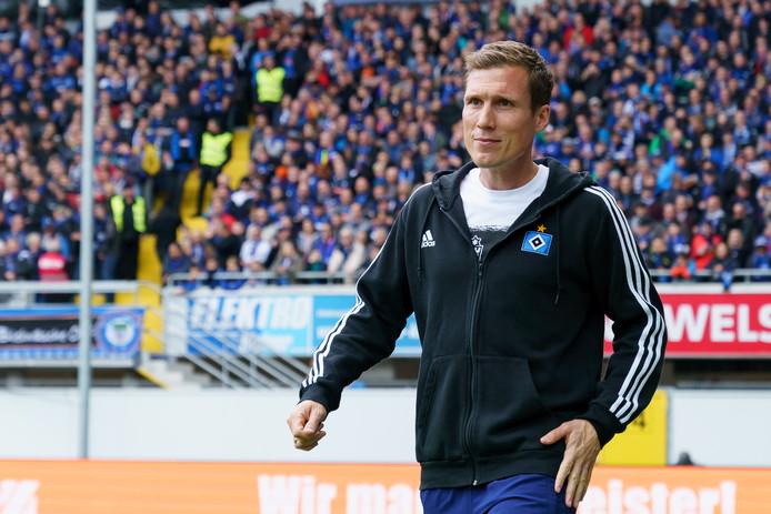 HSV-trainer Hannes Wolf, afgelopen zondag tijdens het met 4-1 verloren duel in Paderborn.