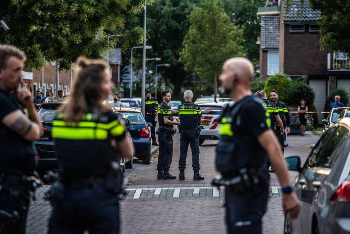 Politie-inval in Malburgen.