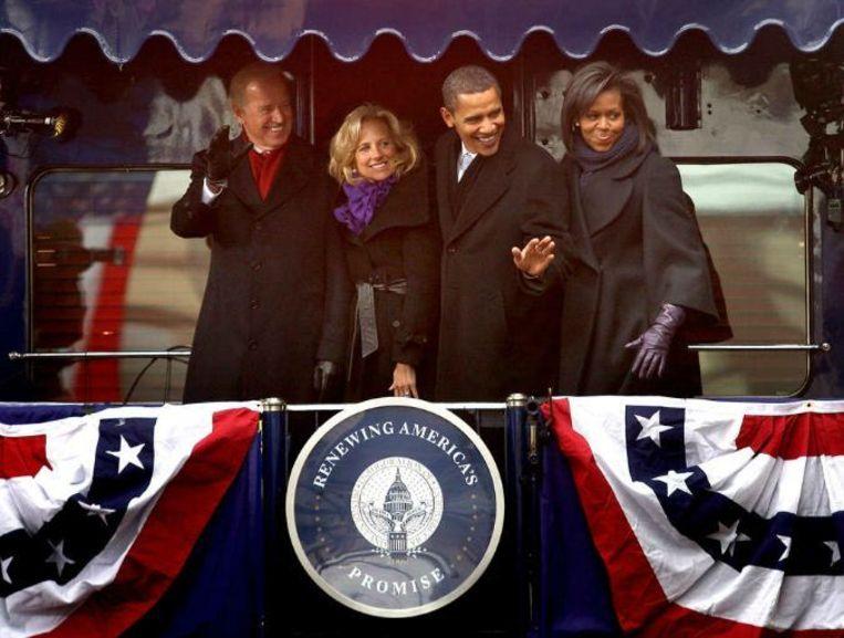 Barack Obama, Joe Biden (links) en hun echtgenotes, kort voor de inauguratie in 2009. Beeld afp