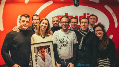 Vrienden vervullen via Studio Brussel de grote droom van muzikant Peter