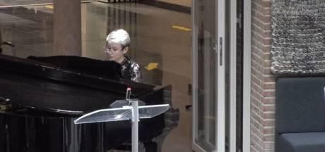 Geen debat maar pianoconcert in de raadszaal van Meierijstad