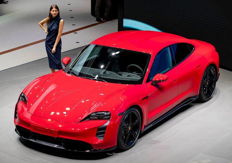Voor 2020 rekent Porsche op een vol orderboekje voor de Taycan, het eerste volledig elektrische model.