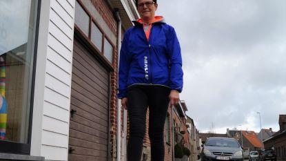 """Christa (60) stapt al drie jaar elke dag minstens 22 kilometer: """"Ooit woog ik 100 kilogram, nu nog 60"""""""