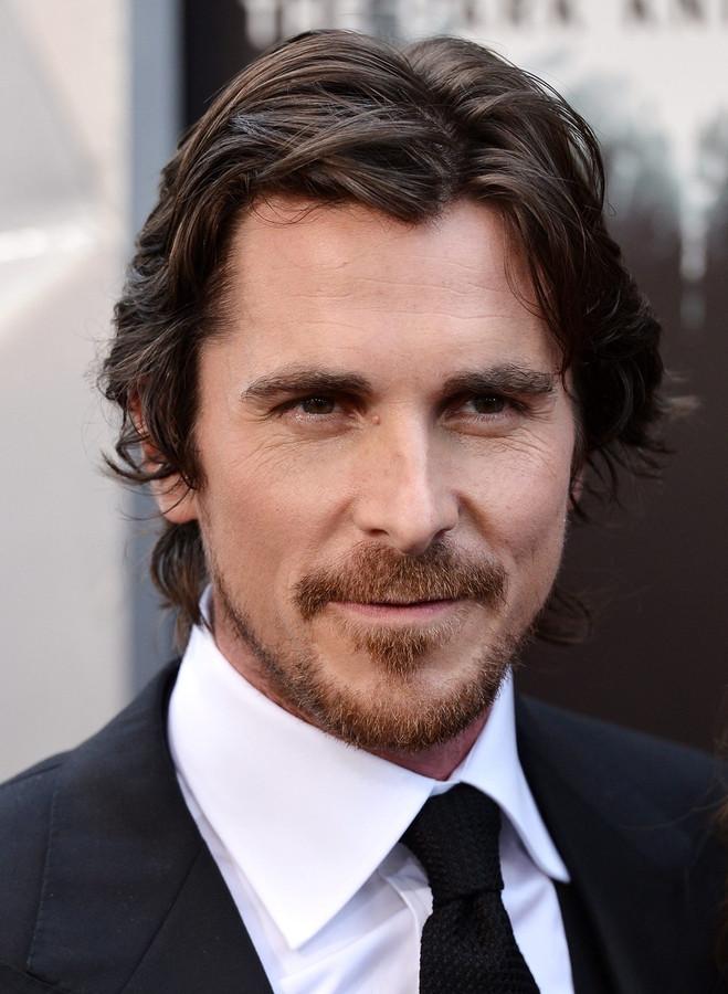 Christian Bale walgt van schietpartij in Aurora | Foto | pzc.nl