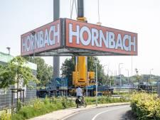 Opnieuw tegenslag bij plaatsen reclamemast Hornbach Zwolle: loodzware kraan staat verkeerd