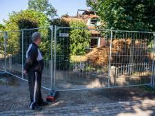 Rhenens echtpaar ziet woning in vlammen opgaan: 'Binnen 3 minuten stond het hele dak in lichterlaaie'