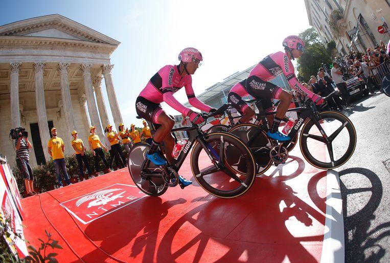 Renners van Manzana Postobon tijdens de Vuelta.