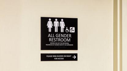 """Binnenkort overal genderneutrale toiletten? """"Thuis hangen toch ook geen bordjes voor mannen en vrouwen-wc's?"""""""