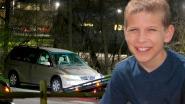 """""""Ik ben bijna dood"""": jongen (16) belt noodnummer nadat hij klem komt te zitten in wagen en hoopt dat politie hem zal redden. Maar de tijd tikt weg"""