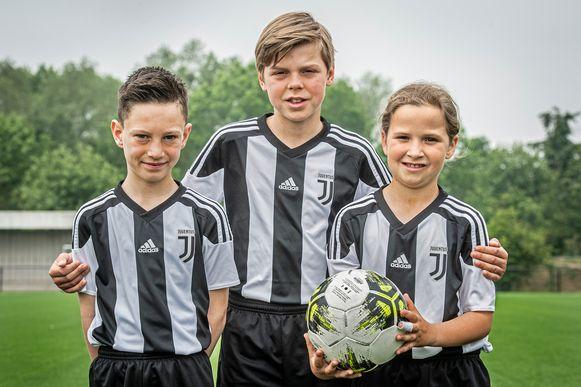 Arnaud De Jonghe, Ralph Schoutteten  en Keira Devos mogen straks balletjes trappen bij Juventus Turijn.