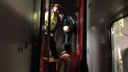 1.000 pendelaars 2 uur vast op defecte trein