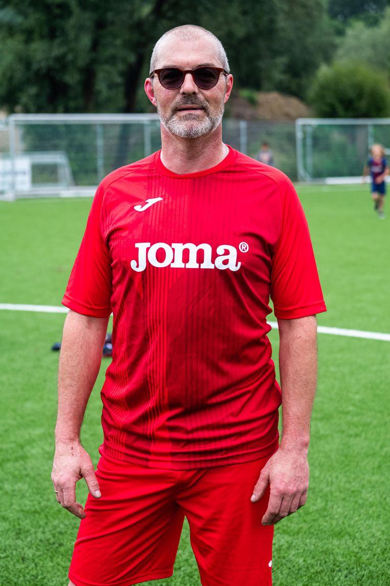 Pascal De Vos (49) kreeg in 2003 zijn diagnose en viel fysiek en mentaal in de put. Momenteel is hij er volledig terug bovenop.