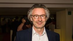 'Zelfde deur, 20 jaar later': Martin Heylen brengt rubriek uit 'Man Bijt Hond' terug op één