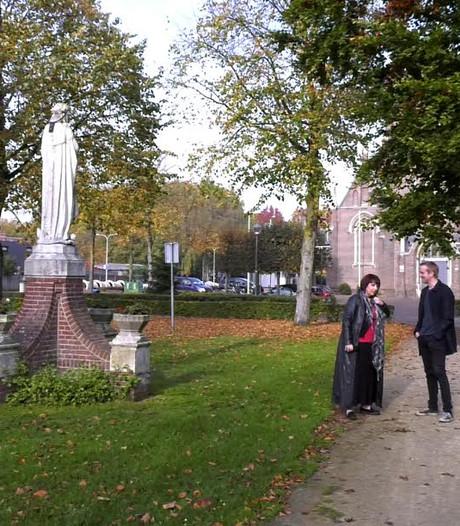 De Schans en eeuwenoude linde: Veerle Slegers laat mooiste plekje van Tilburg zien
