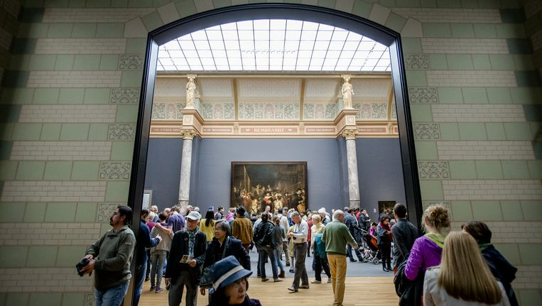 Het gaat het Rijksmuseum voor de wind, cultureel én financieel. Beeld ANP/Robin van Lonkhuijsen