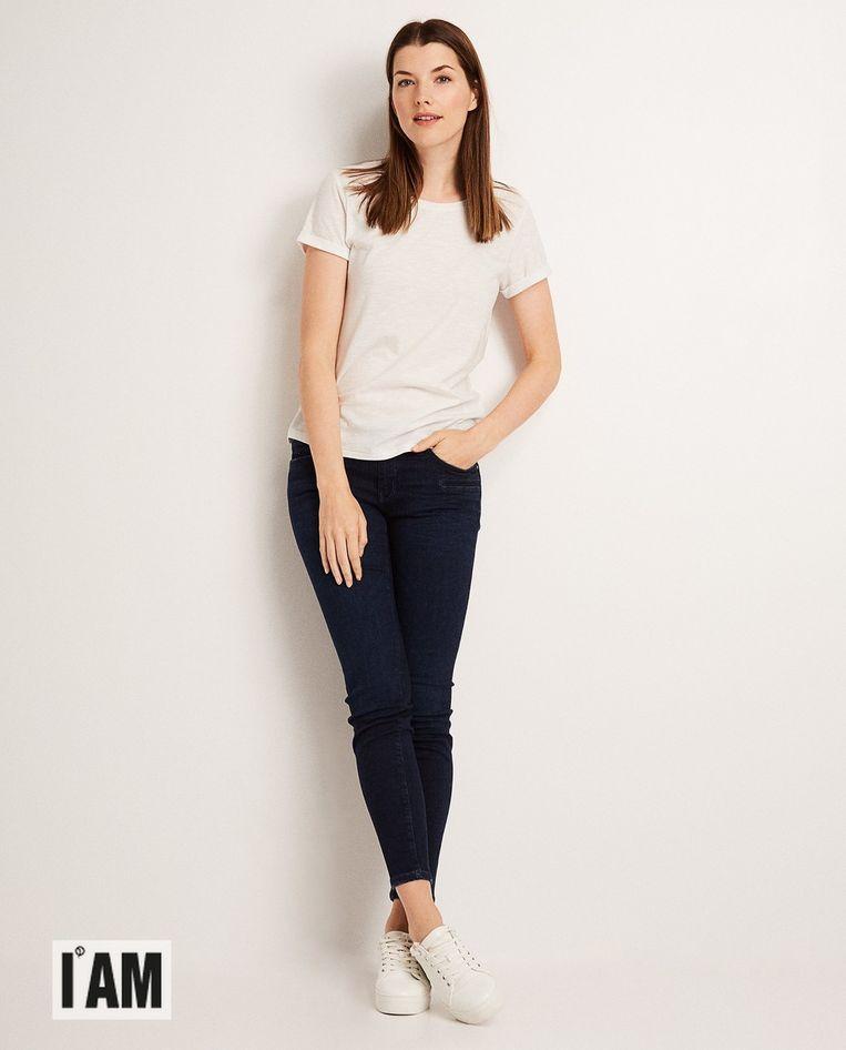 Donkerblauwe skinny I AM met post-consumer waste katoen voor vrouwen, € 49,99.