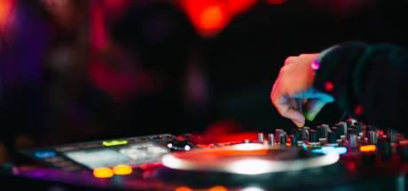 Un DJ américain s'essaie aux tournées virtuelles