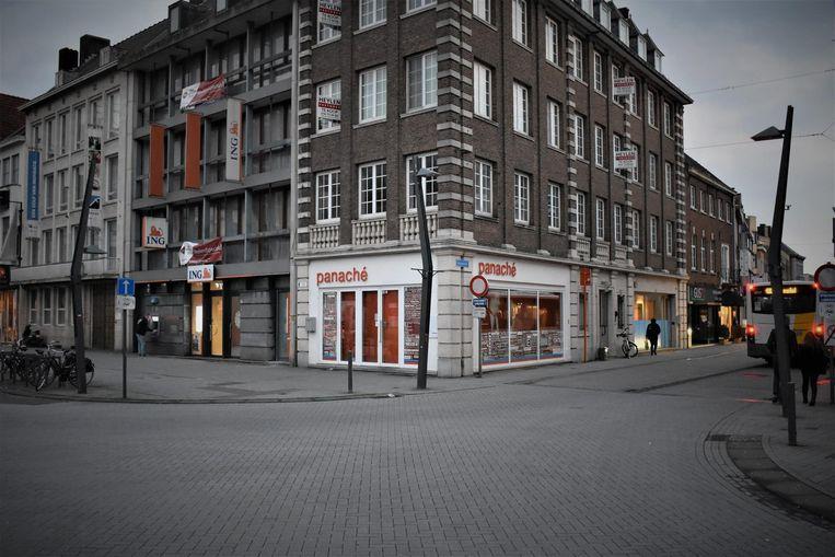 Het kruispunt van de Herentalsstraat met de Grote Markt