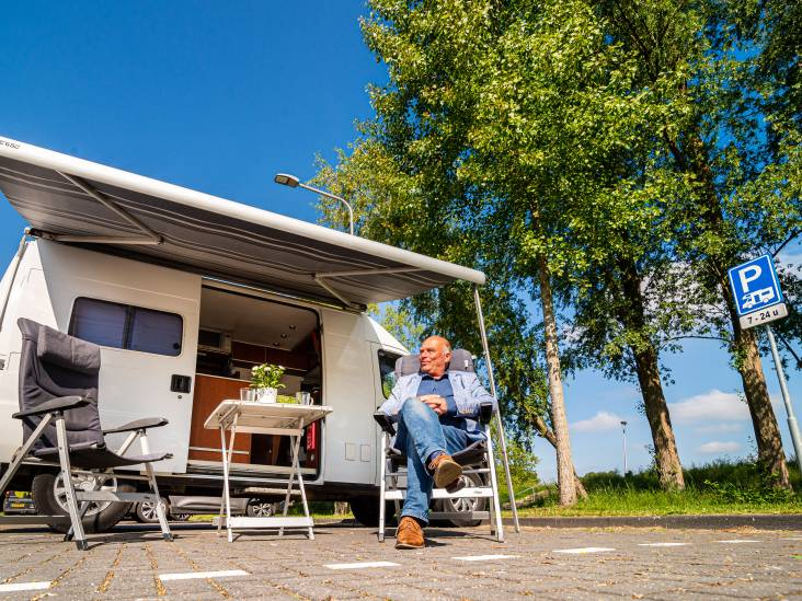 Camperaar Marco Oudshoorn gunt andere toeristen plek in Zilverstad