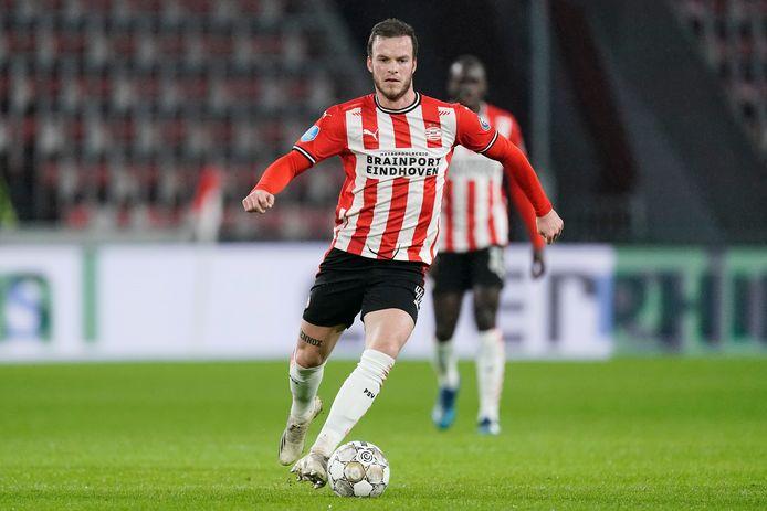 Jorrit Hendrix tijdens PSV-VVV van afgelopen december. Het zal  - ijs en weder dienende - zijn laatste officiële duel voor PSV zijn geweest.