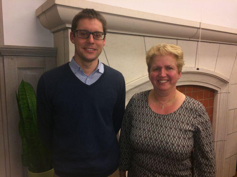 Directeur van het rusthuis Matthias Vanderhauwaert en schepen Marleen Soete buigen zich over het dossier.